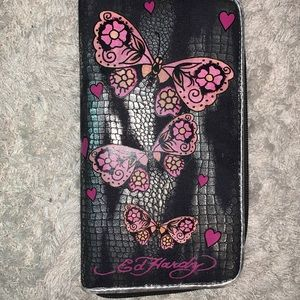 Vintage zip up Ed Hardy wallet